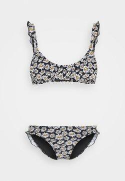 Cotton On Body - CROP BRALETTE FULL SET - Bikini - black