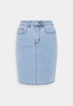 Vero Moda Petite - VMHOT NINE PENCIL  - Falda de tubo - light blue denim