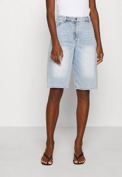 Who What Wear - BERMUDA - Relaxed fit jeans - fade into
