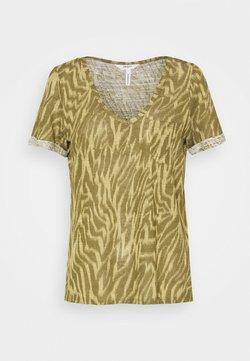 Object - OBJTESSI SLUB V NECK SEASON - T-Shirt print - khaki/sandshell zania
