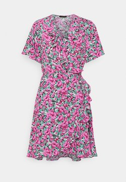 Colourful Rebel - TELSI FLOWER SHORTSLEEVE REAL WRAP DRESS - Korte jurk - pink