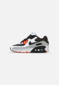 Nike Sportswear - AIR MAX 90 LTR GS UNISEX - Sneakersy niskie - white/black/turf orange/aquamarine