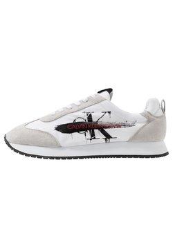 Calvin Klein Jeans - JOAM - Sneaker low - white