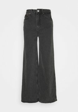 BDG Urban Outfitters - PUDDLE JEAN - Flared Jeans - black