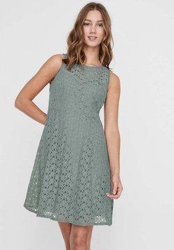 Vero Moda - VMALLIE  - Cocktailkleid/festliches Kleid - green milieu