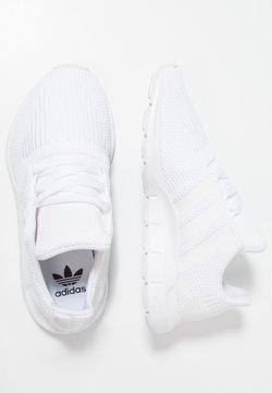 adidas Originals - SWIFT RUN - Joggesko - footwear white