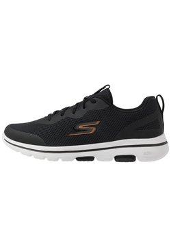 Skechers Performance - GO WALK 5 - Zapatillas de running neutras - black/orange