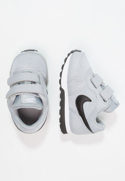 Nike Sportswear - MD RUNNER  - Baskets basses - wolf grey/black/white