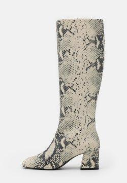 Monki - PATTIE BOOT VEGAN - Boots - grey