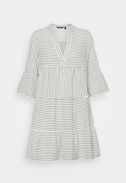 Vero Moda - VMHELI 3/4 SHORT DRESS - Freizeitkleid - snow white/laurel wreath