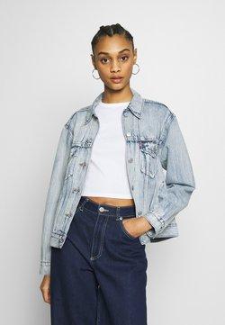 Levi's® - EX-BOYFRIEND TRUCKER - Veste en jean - extra-ordinary