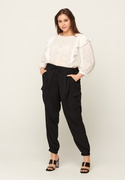 Zizzi - WITH POCKETS - Jogginghose - black