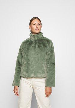 ONLY - ONLVIDA JACKET - Winterjacke - deep lichen green