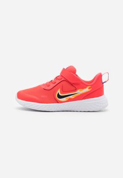 Nike Performance - REVOLUTION 5 FIRE - Hardloopschoenen neutraal - laser crimson/dark smoke grey/optic yellow