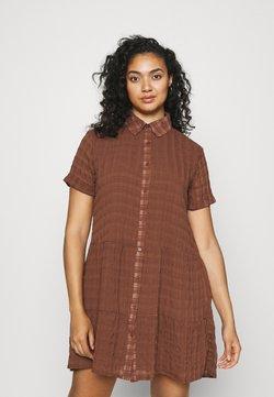 Missguided Plus - PLUS TEXTURED SHIRT DRESS - Vestido camisero - brown