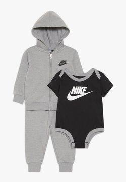 Nike Sportswear - SOLID FUTURA PANT SET BABY - Hoodie met rits - dark grey heather