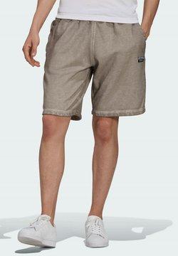 adidas Originals - R.Y.V. ABSTRACT TREFOIL SHORTS - Jogginghose - brown