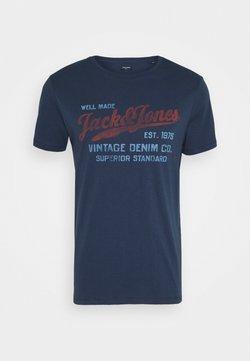 Jack & Jones PREMIUM - JPRBLUBILLY TEE CREW NECK - T-shirt print - dress blues