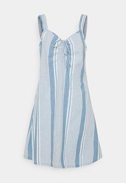 Vero Moda - VMAKELA FLOU STRING - Jeanskleid - light blue denim/white