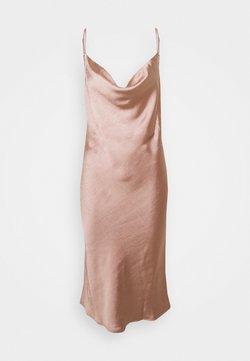 Etam - DANCE FLOOR NUISETTE - Nachthemd - rose fonce satin