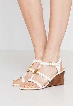 Lauren Ralph Lauren - CHARLTON CASUAL WEDGE - Sandalen met sleehak - vanilla