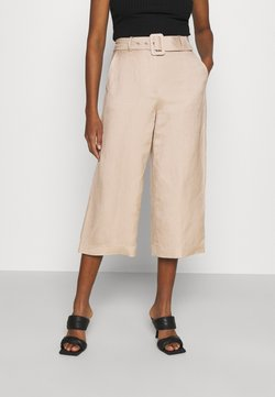 Forever New - CAMILLA BELTED CULOTTE PANTS - Trousers - beige/nude