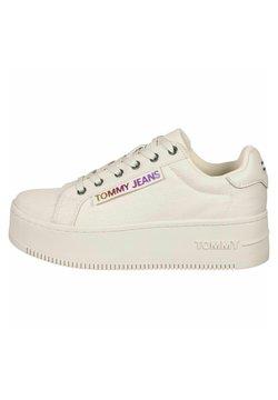 Tommy Jeans - ICONIC SEASONAL  - Sneakers basse - sugarcane