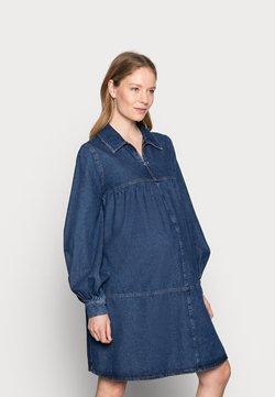Topshop Maternity - BABY DOLL DRESS - Sukienka jeansowa - mid blue