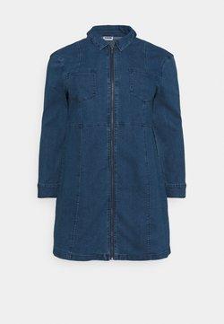Noisy May Curve - NMLISA ZIP DRESS - Jeanskleid - medium blue denim