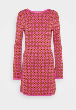 Never Fully Dressed Petite - MOSAIC TILE SWING DRESS - Jumper dress - pink