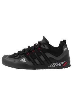 adidas Performance - TERREX SWIFT SOLO - Kletterschuh - grey six/core black/scarlet