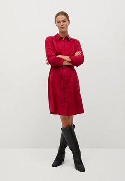 Mango - CROS - Robe chemise - granátová