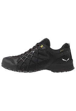 Salewa - MS WILDFIRE GTX - Hikingschuh - black out/silver