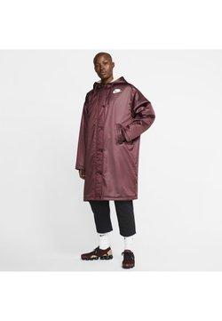 Nike Sportswear - Kurtka przeciwdeszczowa - night maroon/muslin/white