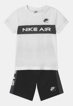 Nike Sportswear - AIR SET  - Trainingsbroek - black/white