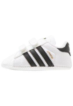 adidas Originals - SUPERSTAR  - Chaussons pour bébé - white/core black