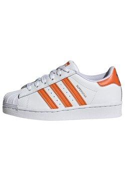 adidas Originals - SUPERSTAR UNISEX - Sneakers laag - white/blue/gold