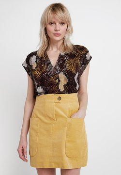 InWear - YAMINI - T-Shirt basic - snake yellow/brown