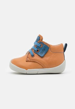 Kickers - WAZZAP - Schnürstiefelette - camel/bleu