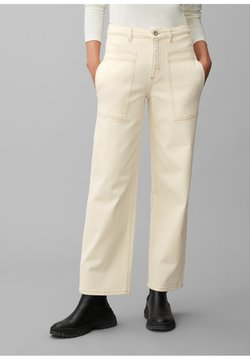 Marc O'Polo - THEDA BOYFRIEND - Flared Jeans - ecru wash