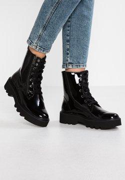 Calvin Klein Jeans - DIAHNE - Enkellaarsjes met plateauzool - black