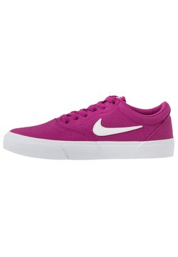 Nike SB - CHARGE - Sneaker low - cactus flower/white