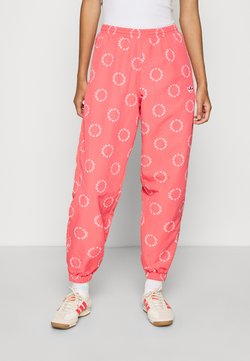 adidas Originals - CUFFED PANT - Jogginghose - magic pink/white