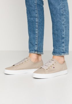 Tommy Hilfiger - ESSENTIAL NAUTICAL SNEAKER - Trainers - stone