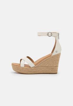 UGG - EZRAH - Korkeakorkoiset sandaalit - jasmine