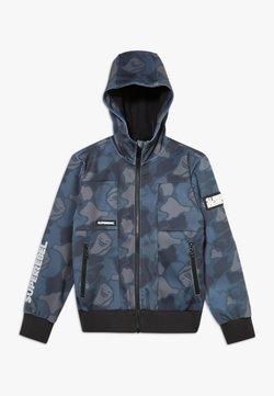 SuperRebel - BOYS OUTDOOR FUNCTIONAL SOFT  - Softshelljacke - camou grey blue