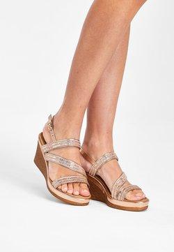 Next - SILVER ASYMMETRIC SPARKLY WEDGES - High Heel Sandalette - gold