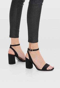 Stradivarius - Højhælede sandaletter / Højhælede sandaler - black