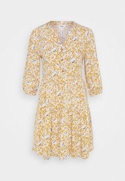 Object Petite - OBJMARIE ALBA DRESS  - Freizeitkleid - honey mustard