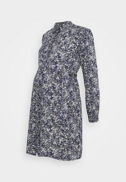 Pieces Maternity - PCMPAOLA DRESS - Blusenkleid - blue
